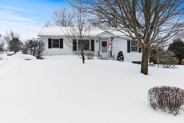 38907 90th Pl, Randall, WI 53105 (#1728313) :: RE/MAX Service First
