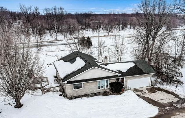 W3080 Green Isle Dr, Hebron, WI 53538 (#1728423) :: OneTrust Real Estate