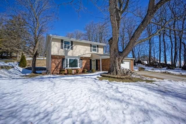 W212N10334 Oak Ln, Germantown, WI 53017 (#1728906) :: OneTrust Real Estate