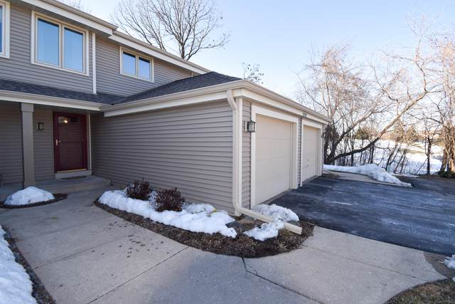 2422 Willowood Dr C, Waukesha, WI 53188 (#1729118) :: RE/MAX Service First