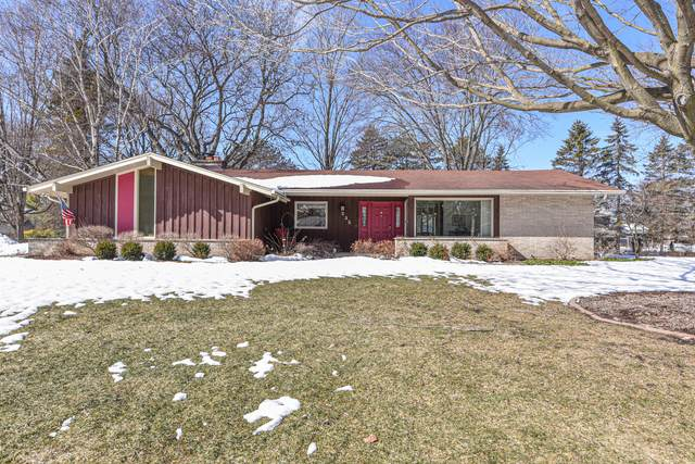 235 S Rolland Rd, Brookfield, WI 53005 (#1729302) :: RE/MAX Service First