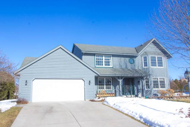 N76W16224 Sherwood Dr, Menomonee Falls, WI 53051 (#1729614) :: OneTrust Real Estate