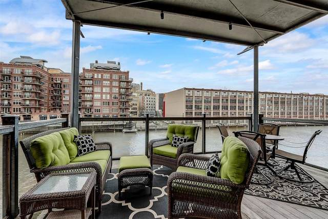 130 S Water St #207, Milwaukee, WI 53204 (#1729668) :: OneTrust Real Estate