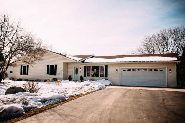 721 Roosevelt Rd, Twin Lakes, WI 53181 (#1730289) :: RE/MAX Service First