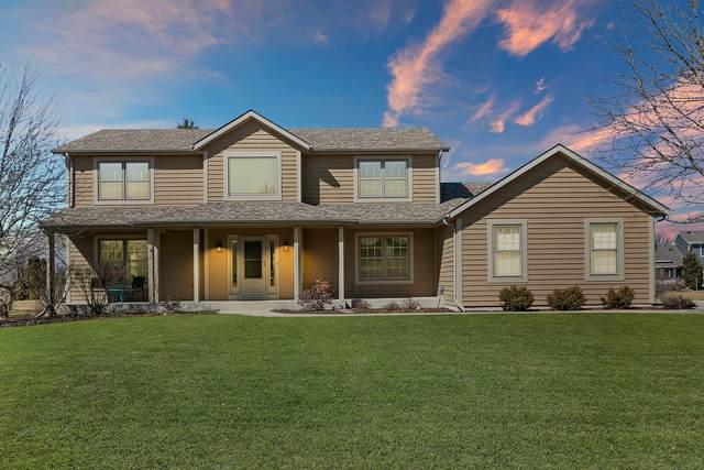 11126 237th Pl, Salem Lakes, WI 53179 (#1730461) :: Tom Didier Real Estate Team
