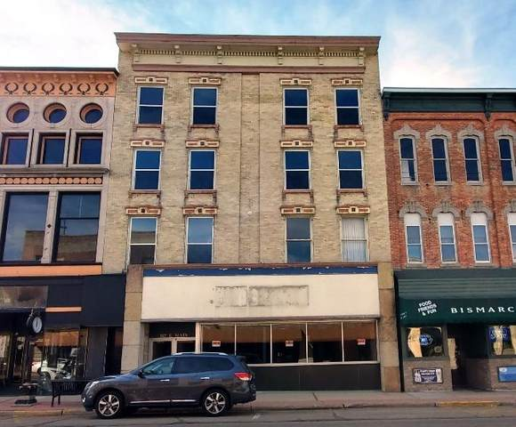 107 E Main St, Watertown, WI 53094 (#1730604) :: EXIT Realty XL