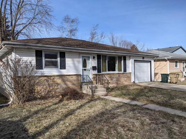 2830 Moland St, Madison, WI 53704 (#1731299) :: RE/MAX Service First