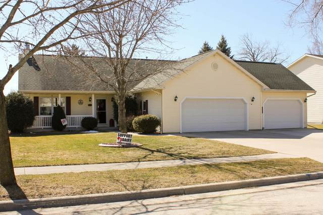 431 Mulberry Ln, Plymouth, WI 53073 (#1731381) :: EXIT Realty XL