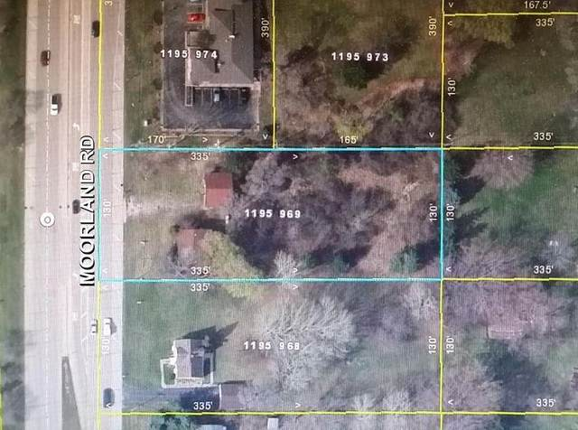 2762 S Moorland Rd, New Berlin, WI 53151 (#1731622) :: OneTrust Real Estate