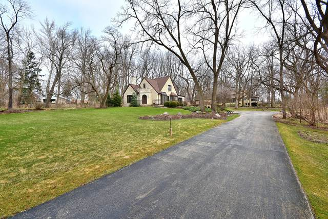 2030 Hawthorne Dr, Elm Grove, WI 53122 (#1731635) :: RE/MAX Service First
