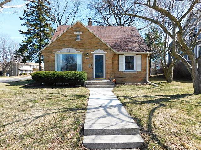 3668 S 1st St, Milwaukee, WI 53207 (#1731846) :: RE/MAX Service First
