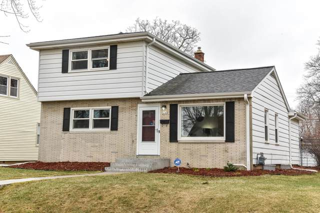 3149 N 87th St, Milwaukee, WI 53222 (#1731994) :: RE/MAX Service First