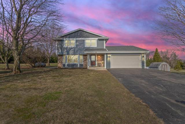 3279 Maple Rd, Jackson, WI 53037 (#1732005) :: EXIT Realty XL