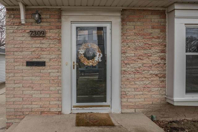 7309 W Morgan Ave, Milwaukee, WI 53220 (#1732551) :: RE/MAX Service First