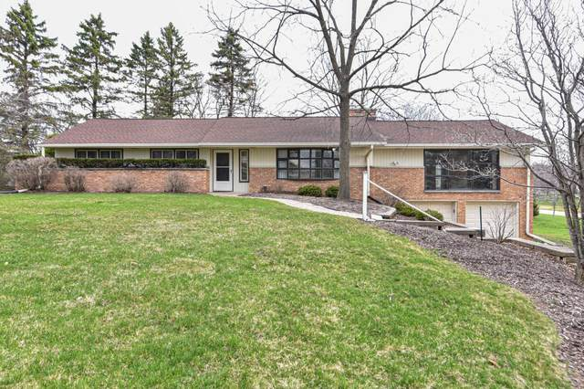 3305 Harrigan Dr, Brookfield, WI 53005 (#1732567) :: RE/MAX Service First