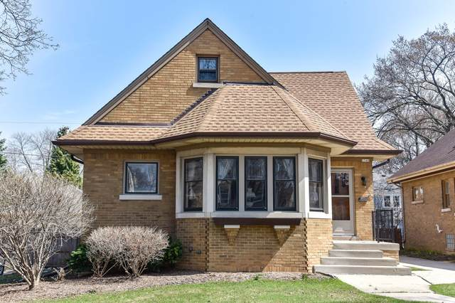 2340 Lefeber Ave, Wauwatosa, WI 53213 (#1733053) :: RE/MAX Service First