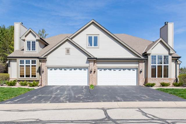 3304 Turnberry Oak Dr, Waukesha, WI 53188 (#1733233) :: RE/MAX Service First
