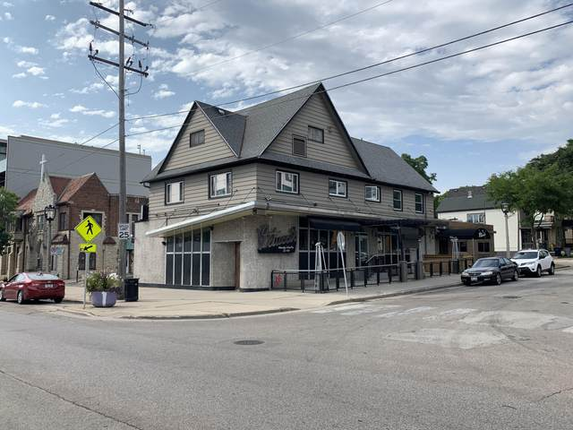 1832 E North Ave, Milwaukee, WI 53202 (#1733754) :: RE/MAX Service First