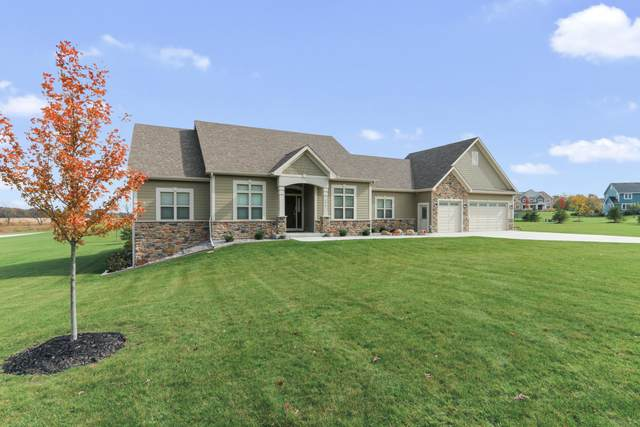 9019 225th Ave, Salem Lakes, WI 53168 (#1734111) :: RE/MAX Service First