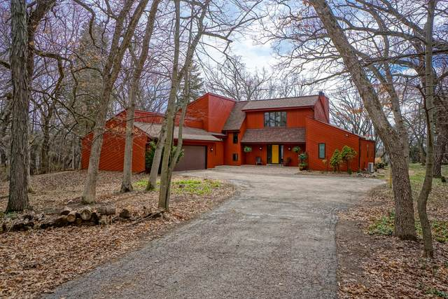 S43W36844 Laak Ln, Ottawa, WI 53118 (#1734112) :: Tom Didier Real Estate Team