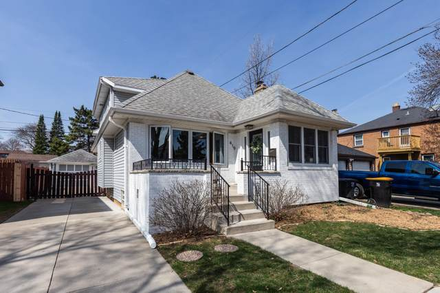 419 N 71st St, Wauwatosa, WI 53213 (#1734127) :: RE/MAX Service First