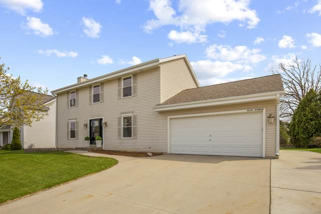 N172W20605 Hazelwood Ln, Jackson, WI 53037 (#1734160) :: Tom Didier Real Estate Team