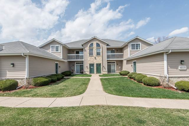 1030 River Place Blvd #2, Waukesha, WI 53189 (#1734353) :: RE/MAX Service First