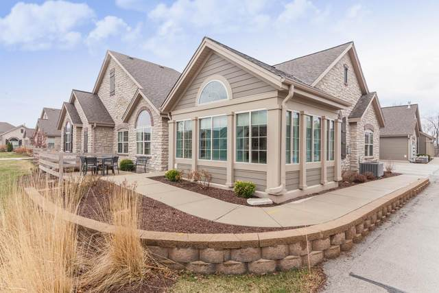 W250N5015 William Dr, Sussex, WI 53072 (#1734368) :: EXIT Realty XL