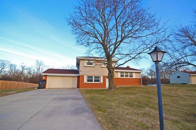 2790 S 126th St, New Berlin, WI 53151 (#1734473) :: RE/MAX Service First