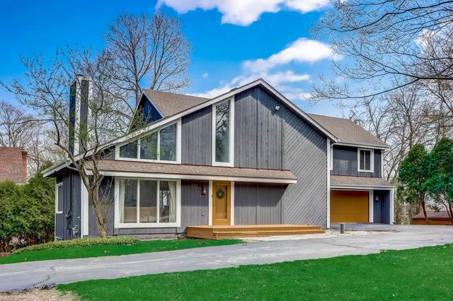 500 Meadow Ln, Elm Grove, WI 53122 (#1734474) :: RE/MAX Service First