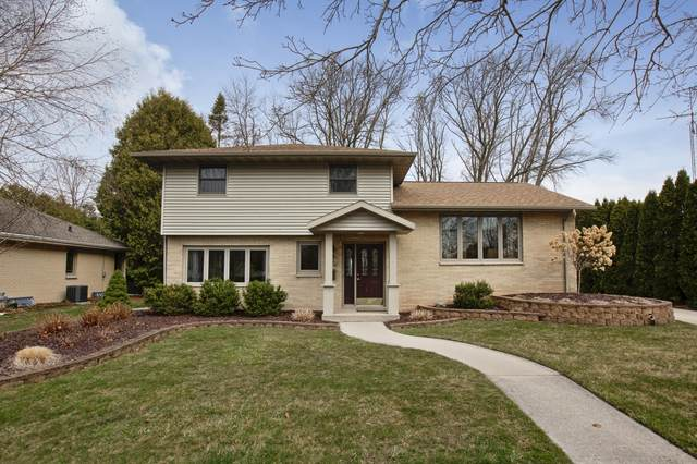 3110 Lindbergh Dr, Manitowoc, WI 54220 (#1734607) :: RE/MAX Service First