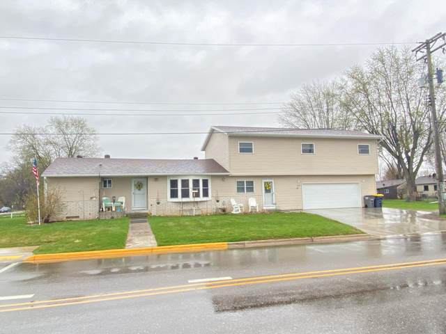308 Sunset Dr, Holmen, WI 54636 (#1734634) :: RE/MAX Service First