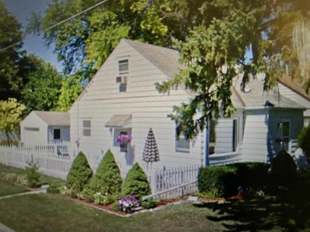 5003 N 125th St, Butler, WI 53007 (#1734637) :: RE/MAX Service First
