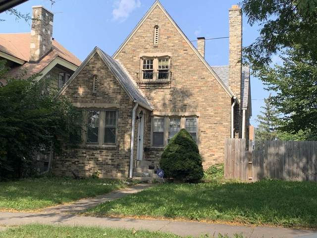 1426 W Capitol Dr, Milwaukee, WI 53206 (#1734664) :: RE/MAX Service First