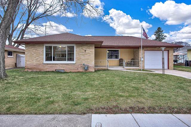104 Lolie Ct, Plymouth, WI 53073 (#1734674) :: RE/MAX Service First