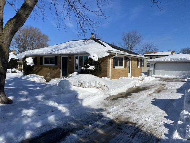 4236 S 84, Greenfield, WI 53228 (#1734680) :: RE/MAX Service First