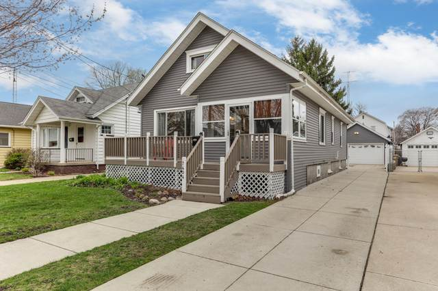 7404 24th Ave, Kenosha, WI 53143 (#1734721) :: RE/MAX Service First