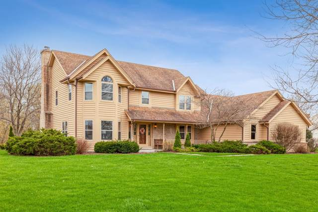 12008 N Silver Ave, Mequon, WI 53097 (#1734729) :: Tom Didier Real Estate Team
