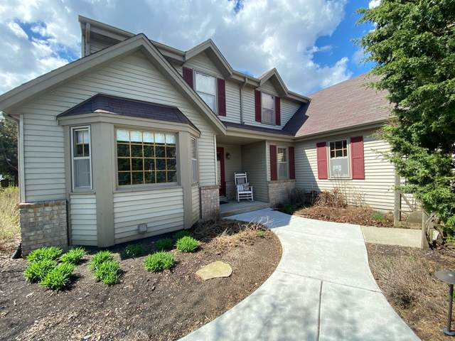 W199N11413 Rosewood Ave, Germantown, WI 53022 (#1734778) :: RE/MAX Service First