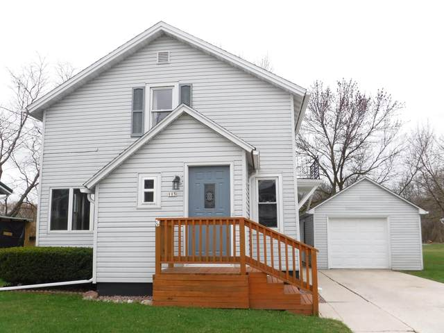 115 Roosevelt St, Valders, WI 54245 (#1734929) :: RE/MAX Service First