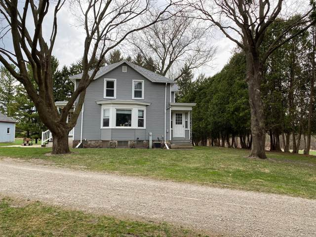 1317 Boomer St, Watertown, WI 53094 (#1735070) :: EXIT Realty XL