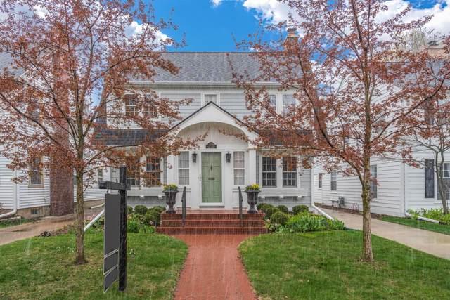 5954 N Kent Ave, Whitefish Bay, WI 53217 (#1735112) :: Tom Didier Real Estate Team