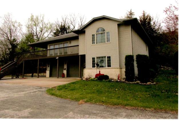 N5491 Moos Rd, Onalaska, WI 54650 (#1735172) :: OneTrust Real Estate