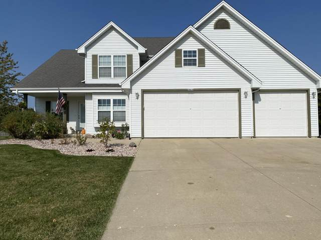 29416 Eagle Ridge Dr, Rochester, WI 53105 (#1735316) :: RE/MAX Service First