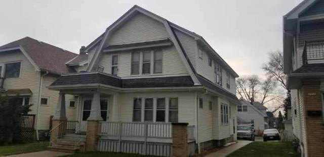 2940 N 54th St #2942, Milwaukee, WI 53210 (#1735403) :: RE/MAX Service First
