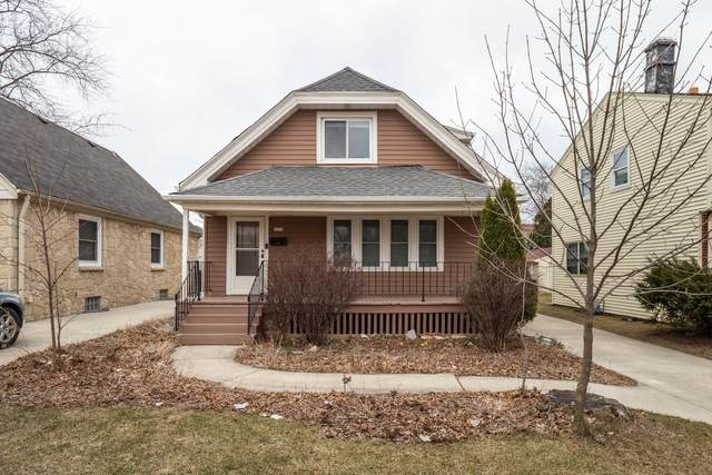 5670 N Lydell Ave, Whitefish Bay, WI 53217 (#1735419) :: RE/MAX Service First