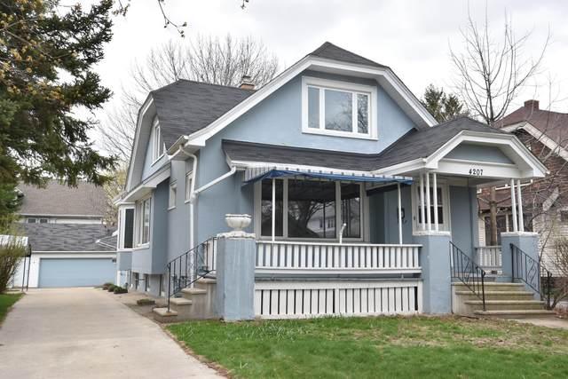 4207 N Murray Ave, Shorewood, WI 53211 (#1735433) :: Keller Williams Realty - Milwaukee Southwest