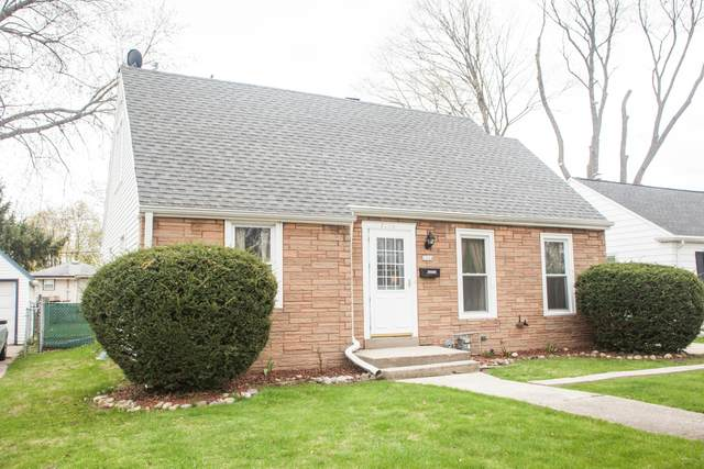 1224 S 103rd, West Allis, WI 53214 (#1735444) :: RE/MAX Service First