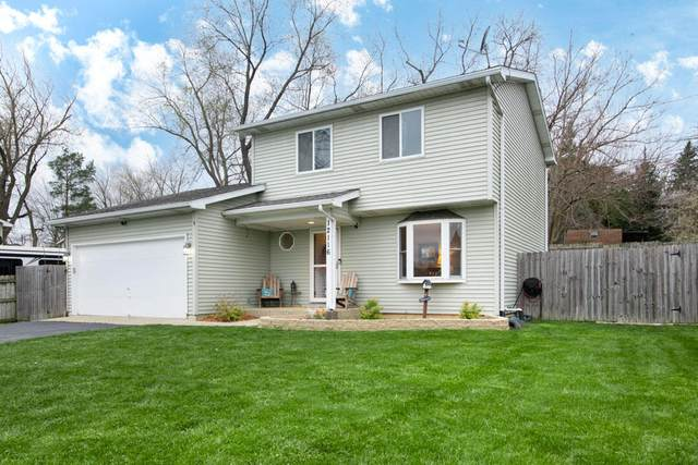 12116 221st Ave, Salem Lakes, WI 53104 (#1735486) :: RE/MAX Service First