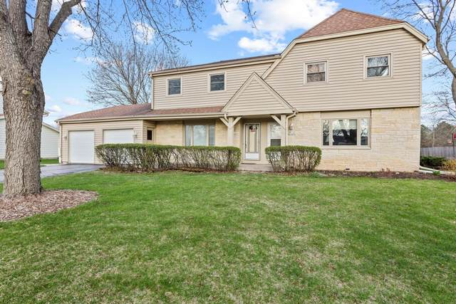 W156N10904 Catskill Ln, Germantown, WI 53022 (#1735580) :: Tom Didier Real Estate Team